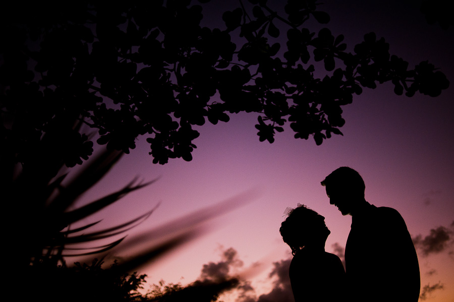 Azul Fives wedding silohuette couple during sunset