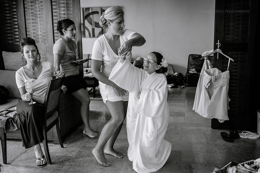 bridesmaids getting ready fun Beach wedding SC Dreams Riviera Maya Mexico