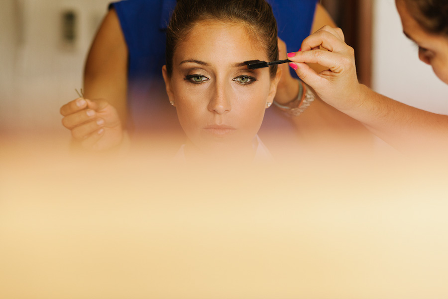 Bride getting ready makeup SC-Boda-Cancun-023