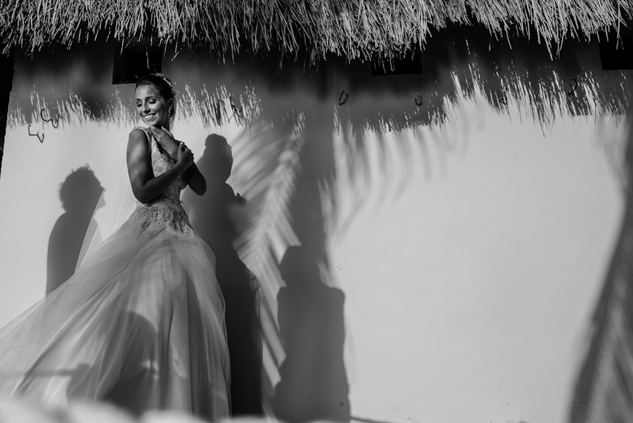 Bride portrait silhouettes Cancun Mexico Wedding SC-Boda-Cancun-059