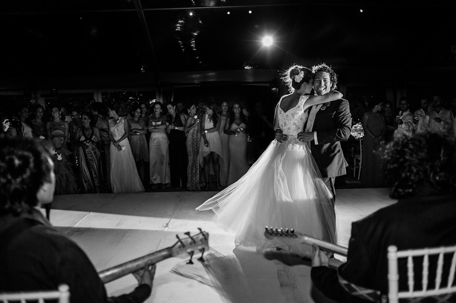 Bride and groom first dance black and white Cancun Mexico Wedding SC-Boda-Cancun-171