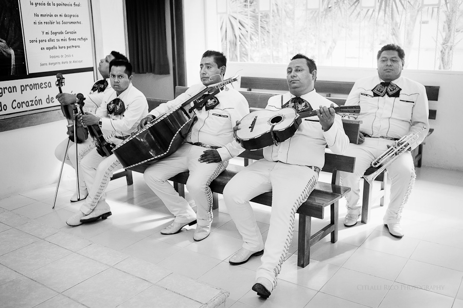 Mariachi band funny Lola y Bobby Ana Y Jose Tulum Mexico Wedding