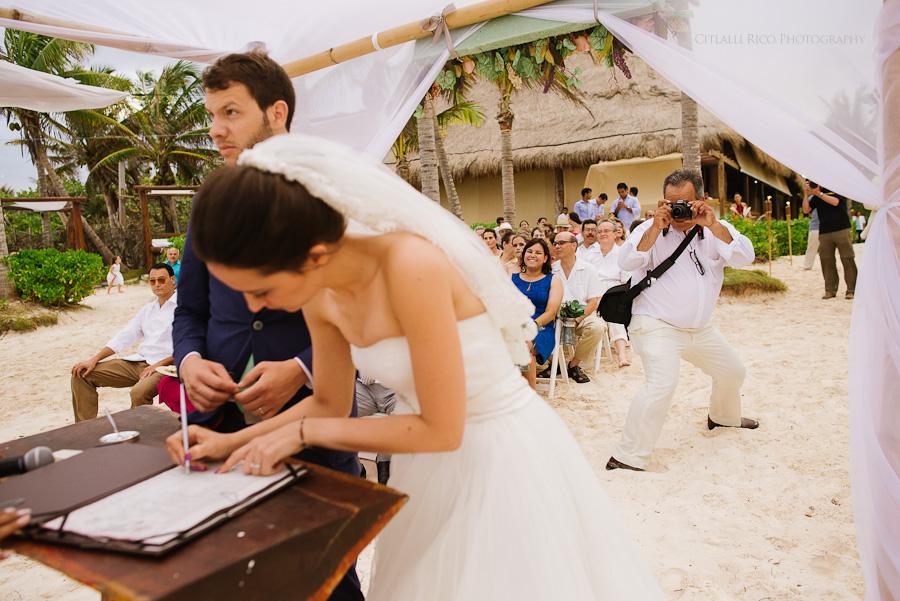 uncomfortable guests at weddings funny Lola y Bobby Ana Y Jose Tulum Mexico Wedding