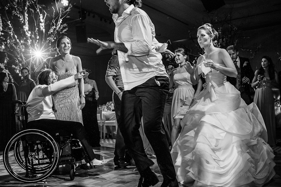 Brideand guests dance Fairy tale Reception Mers Axel Coral Beach Cancun Wedding