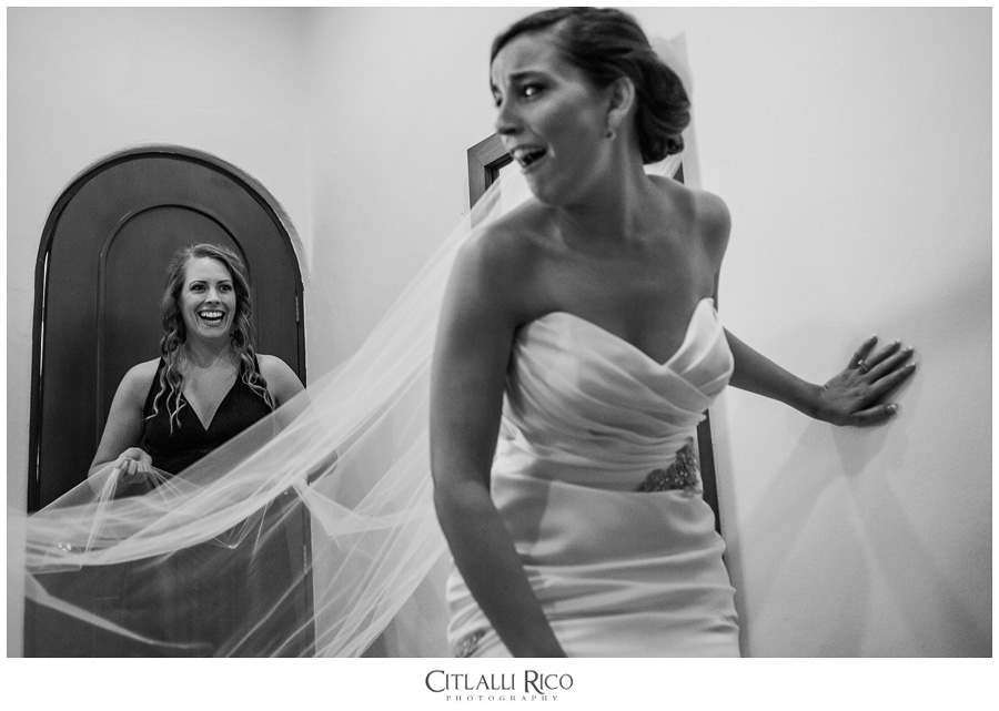 Bride-Getting-Readdy-Emotional-TG-Villa-Carola-Riviera-Maya-Mexico