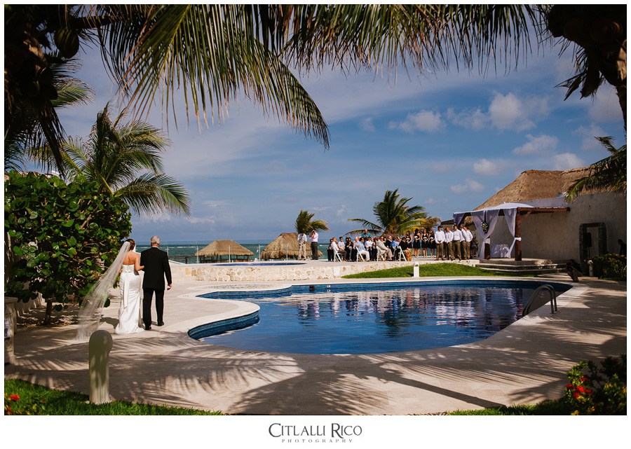 Terrace Ceremony in Villa Carola Bahia Petempich, Mexico