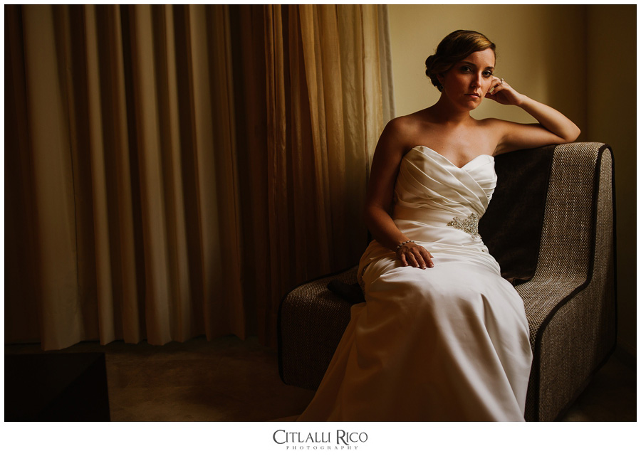 Bride-Portrait-Beautiful-Light-TG-Villa-Carola-Riviera-Maya-Mexico