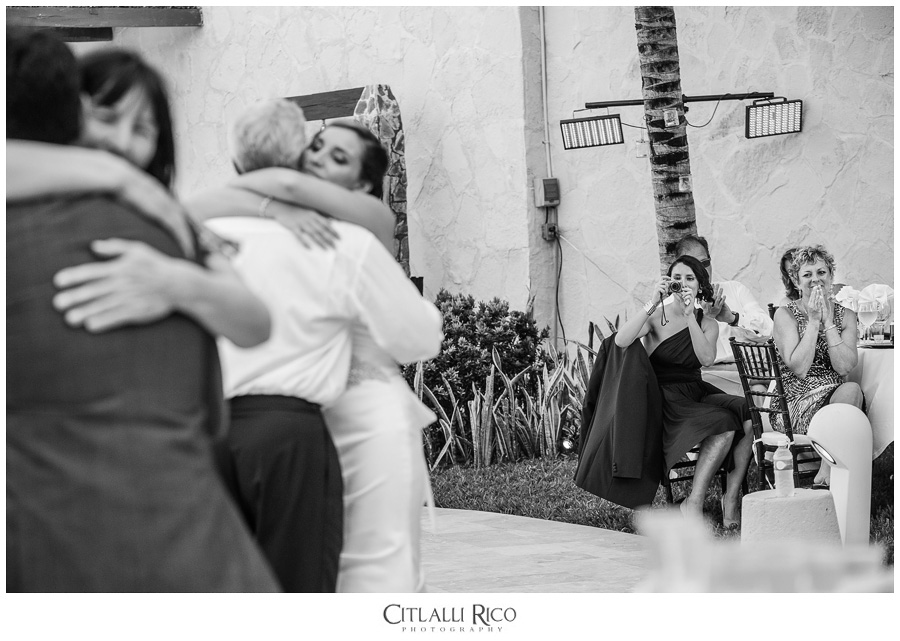 Father-daughter-dance-groom-mother-dance-reactions-TG-Villa-Carola-Riviera-Maya-Mexico