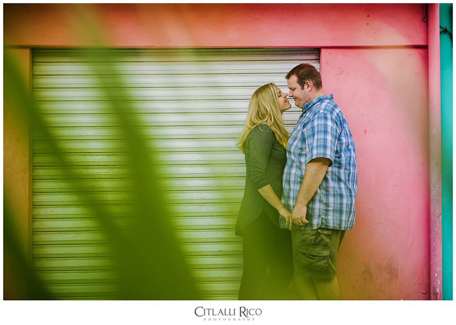 Colorful wall in Isla Mujeres for Portraits sessions
