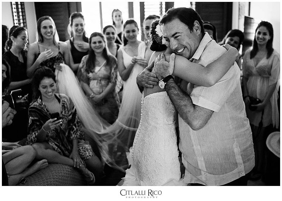 MJ-Bride-Getting-Readdy-Dad-Emotive-Moment-Xcaret-Wedding-008