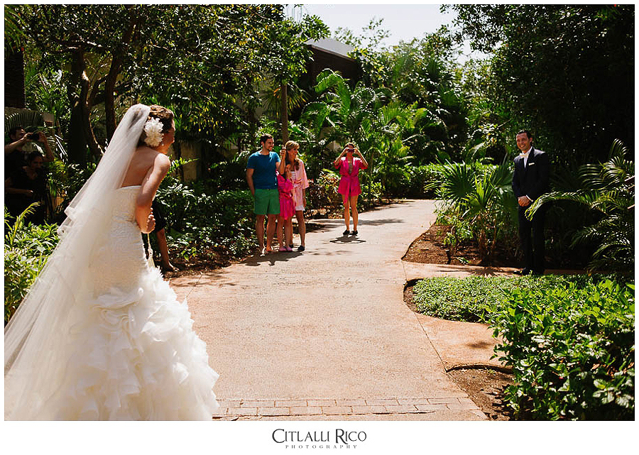 MJ-Bride-Groom-First-Look-Xcaret-Wedding-011