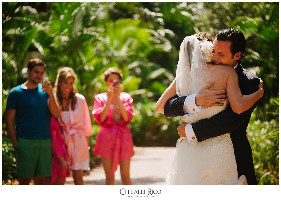 MJ-Bride-Groom-First-Look-Xcaret-Wedding-012