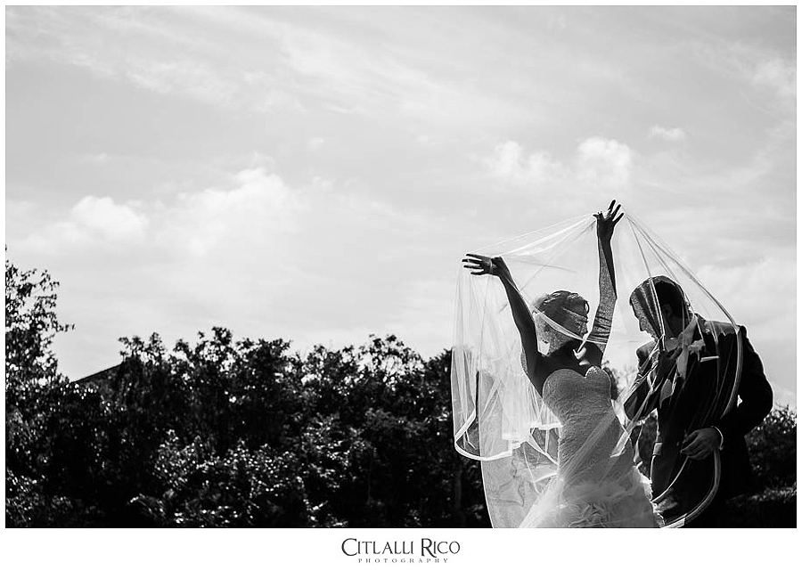 MJ-Bride-and-Groom-Portrait-Veil-Xcaret-Wedding-013