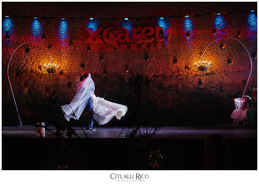 Bride-and-groom-first-dance-fun-MJ-Xcaret-Wedding-029