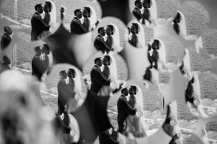 Bride and groom creative portrait Monterrey Wedding