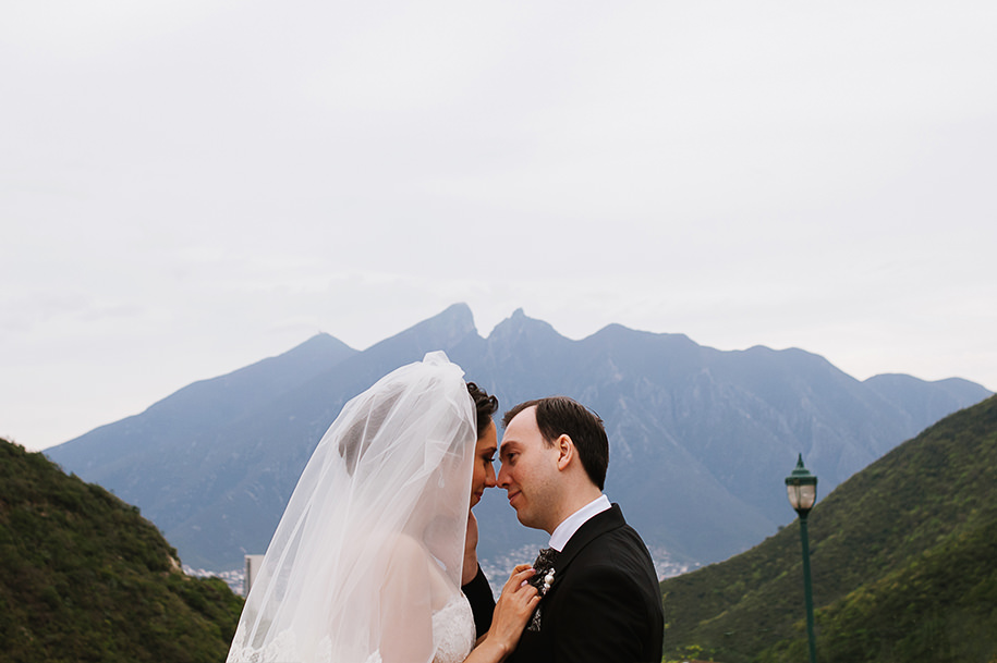 Bride and groom portrait infront of Cerro de la Silla
