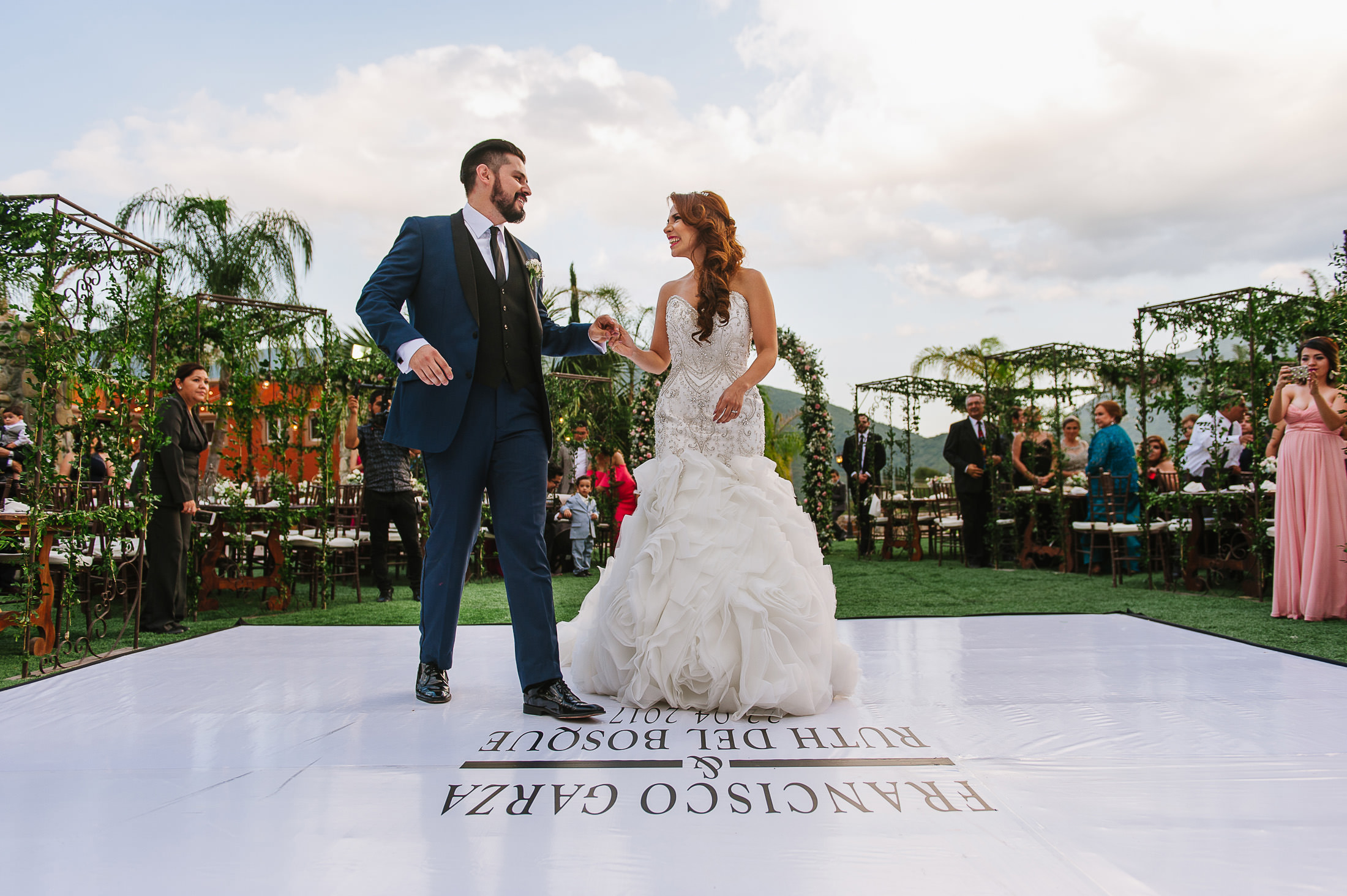 First dance Ruth & Paco wedding reception