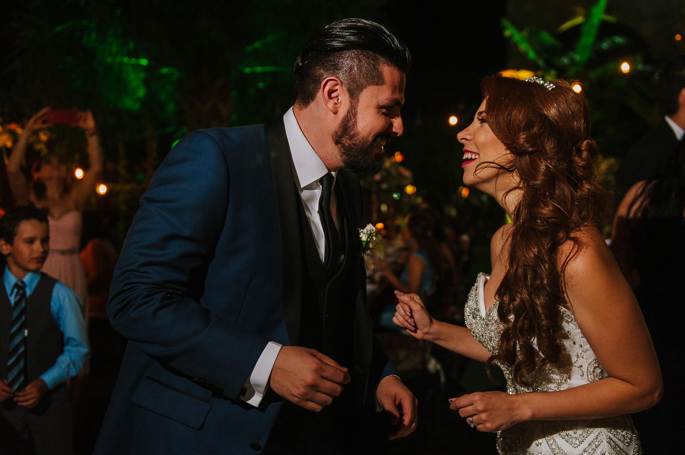 Bride & groom dancing at wedding reception in Antigua Hacienda de Santiago