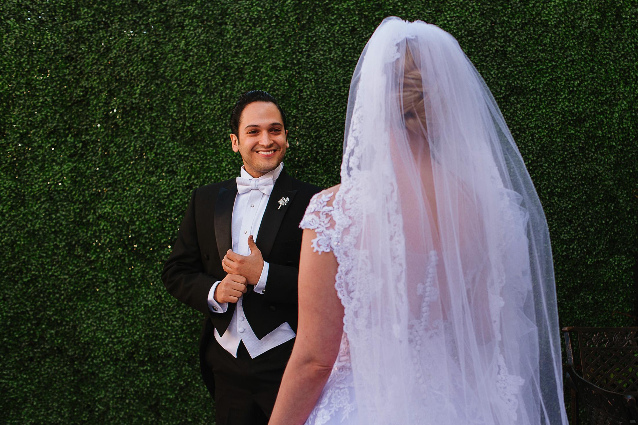 First look in San Miguel de Allende Wedding