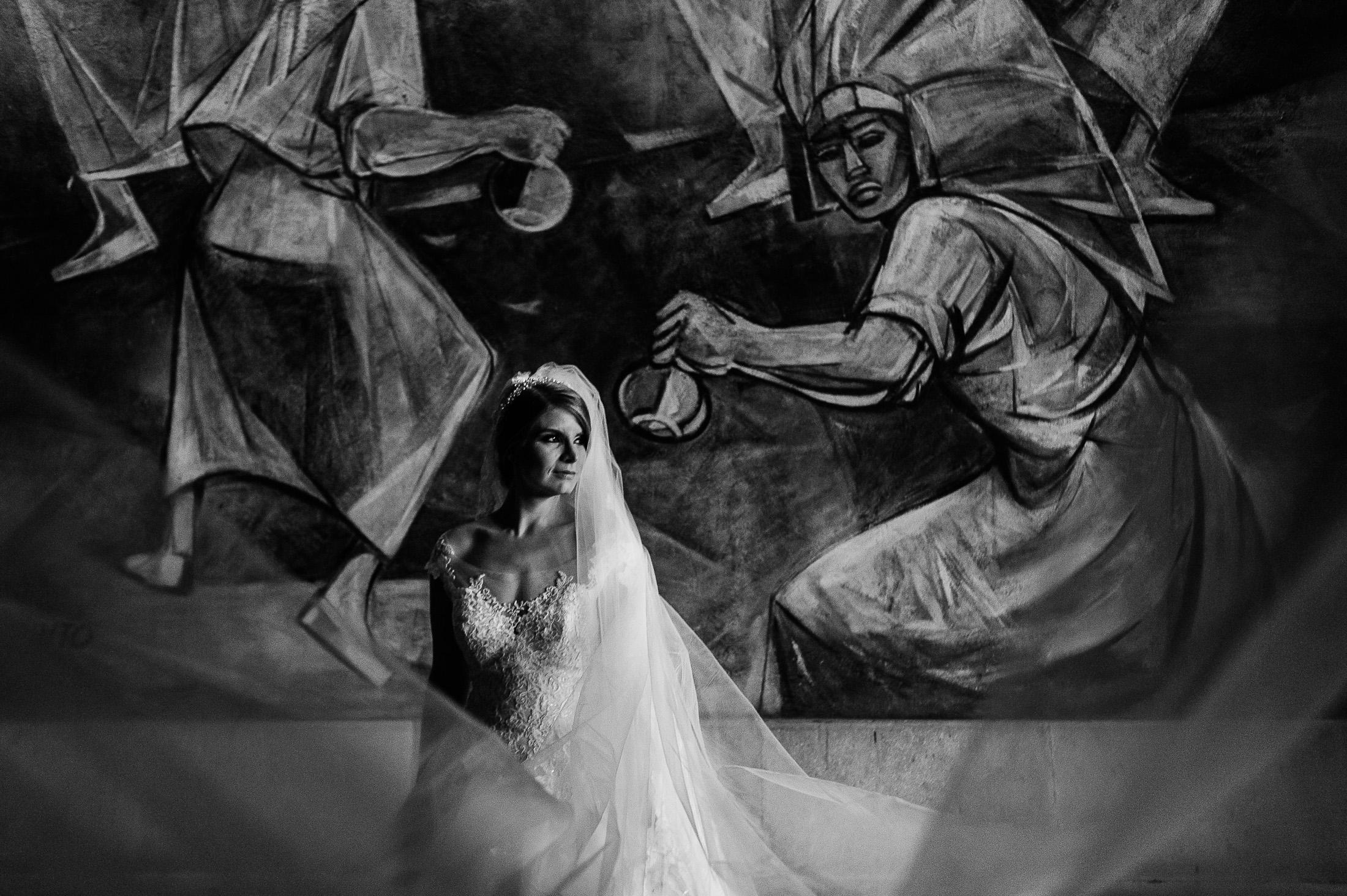 Bride portraits in Instituro Allende